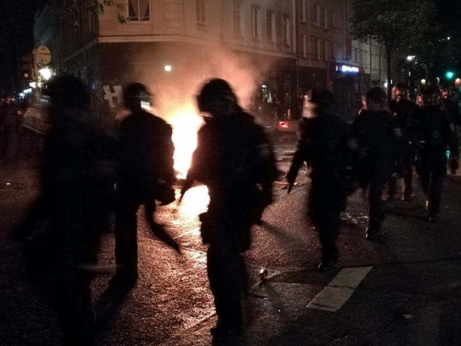 SPD wehrt sich nach G20-Krawallen gegen Linksextremismus-Vorwürfe