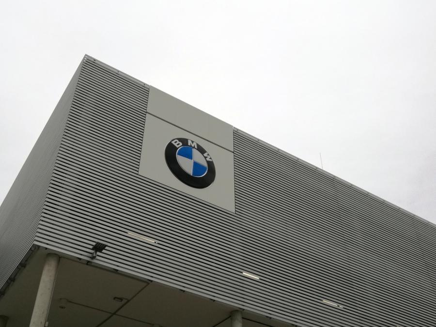 Auto-Herstellern drohen Kartellstrafen