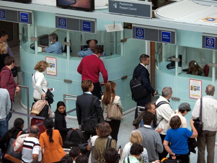 Passagierzahl an deutschen Flughäfen um fünf Prozent gestiegen