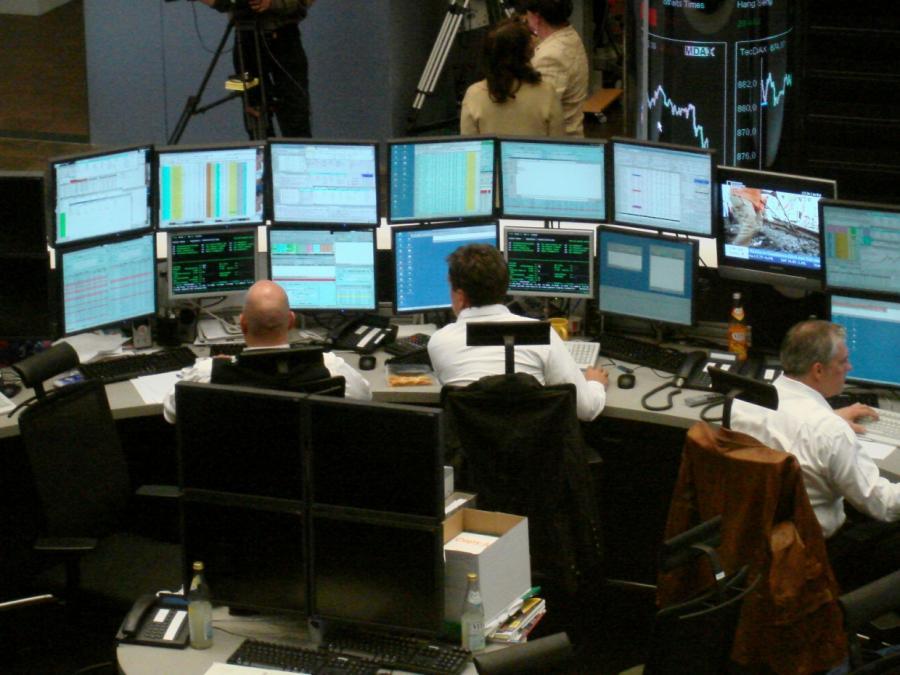 DAX lässt am Mittag nach - Euro schwächer