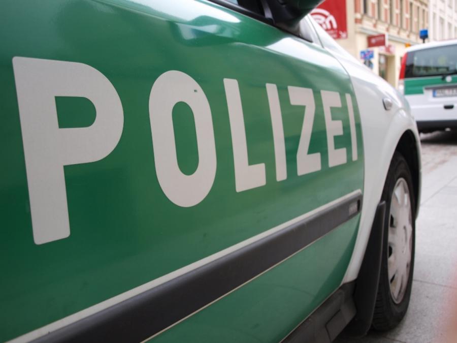 NRW: 48-jähriger Fußgänger stirbt bei Verkehrsunfall