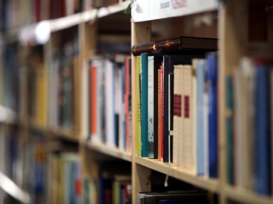 Weniger private Haushalte kaufen Bücher