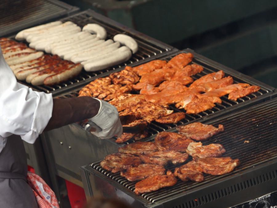 Entwicklungsminister mahnt geringeren Fleischkonsum an