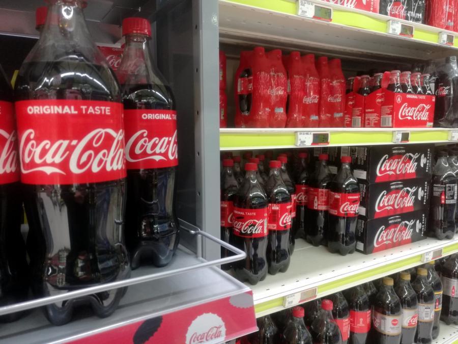 Cola führt zu positivem Corona-Test im österreichischen Parlament