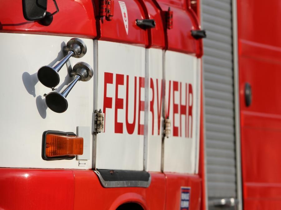 Oberhausen: Zwei Tote und ein Verletzter bei Laubenbrand