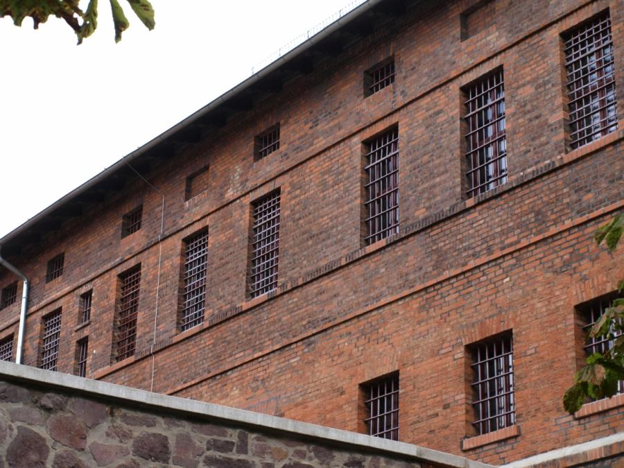Barley will Trennung zwischen Abschiebe- und Strafhaft beibehalten