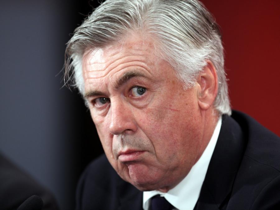 Kahn: Bayern-Trainer Ancelotti steht unter Beobachtung