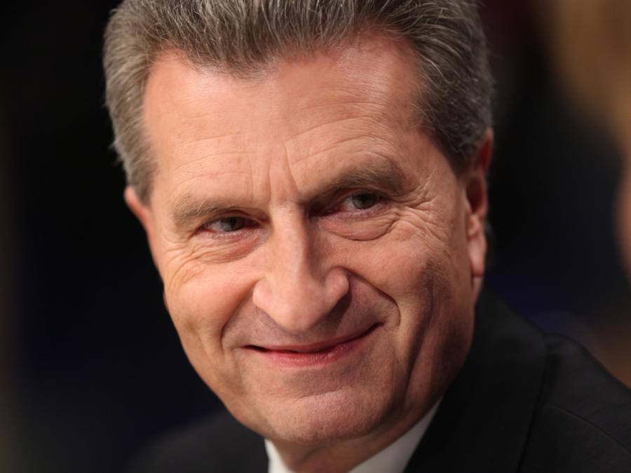 EU-Kommissar Oettinger strebt Top-Job in der Wirtschaft an