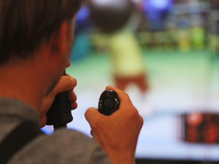 Merkel eröffnet Spielemesse Gamescom in Köln