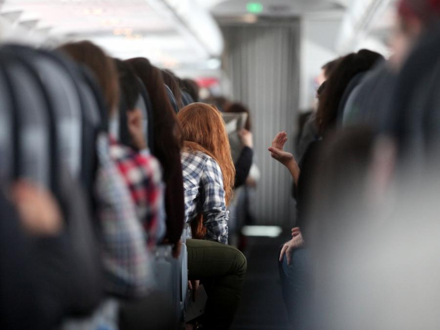 Verbraucherschützer fordern besseren Schutz für Fluggäste