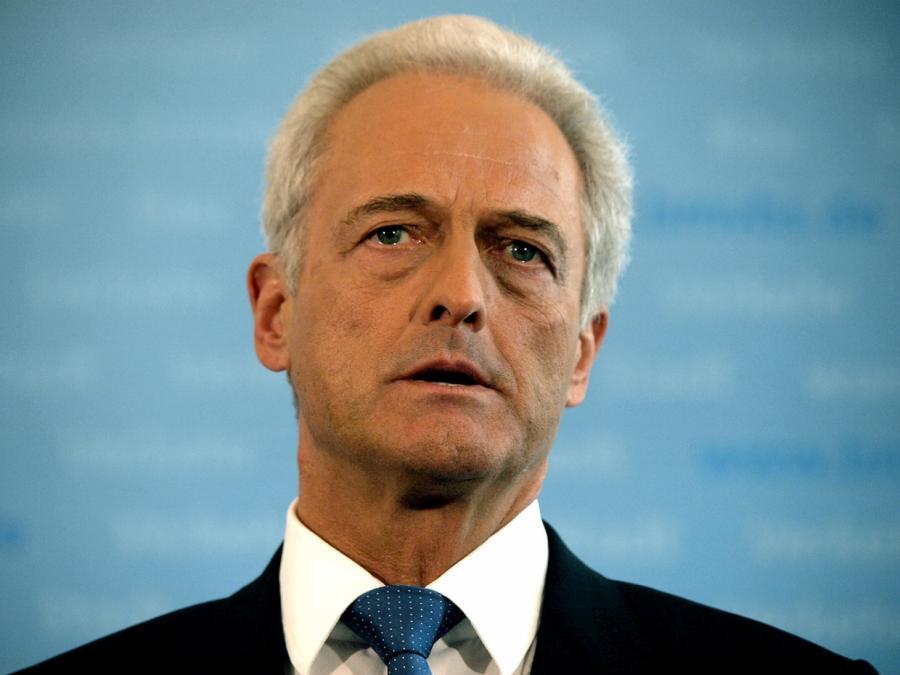 Ramsauer beklagt Generalangriff gegen deutsche Autoindustrie