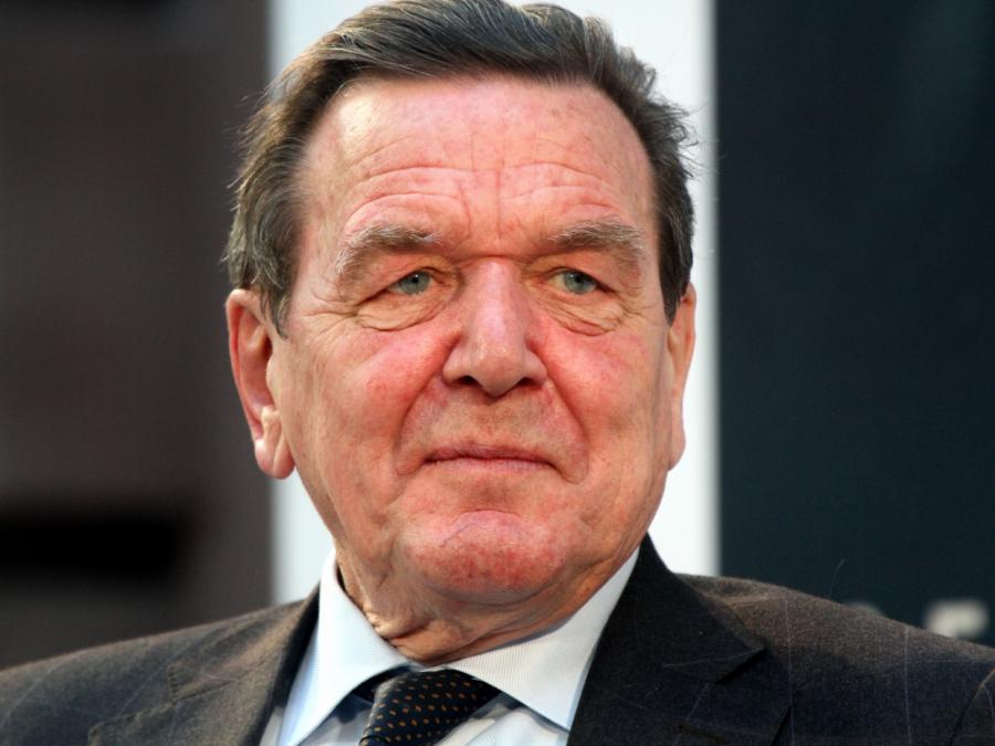 Oettinger verteidigt Schröders Wirtschaftstätigkeit in Russland
