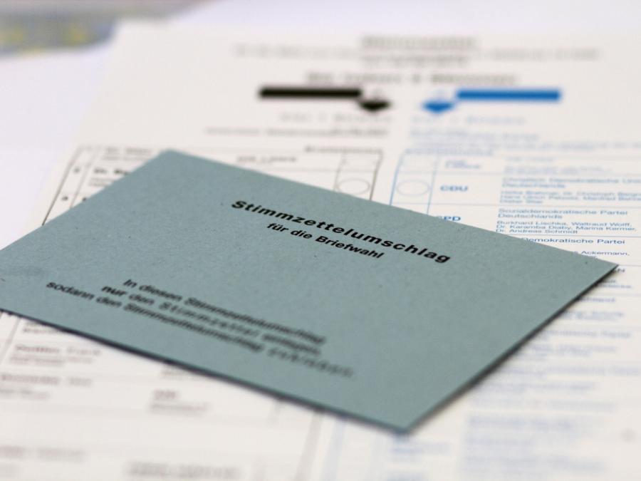 Staatsrechtler: Wachsende Zahl von Briefwählern problematisch