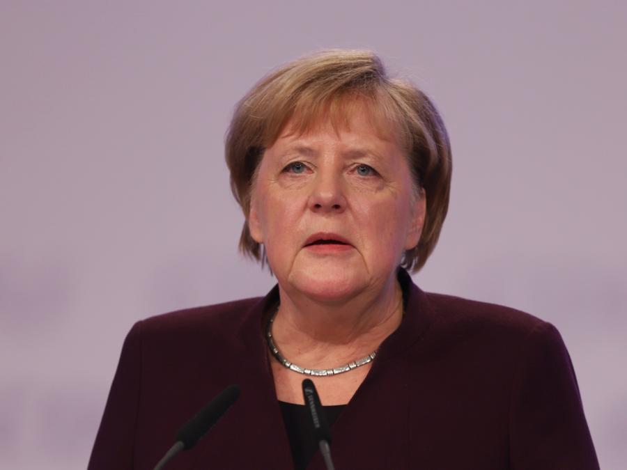Merkel mahnt zu