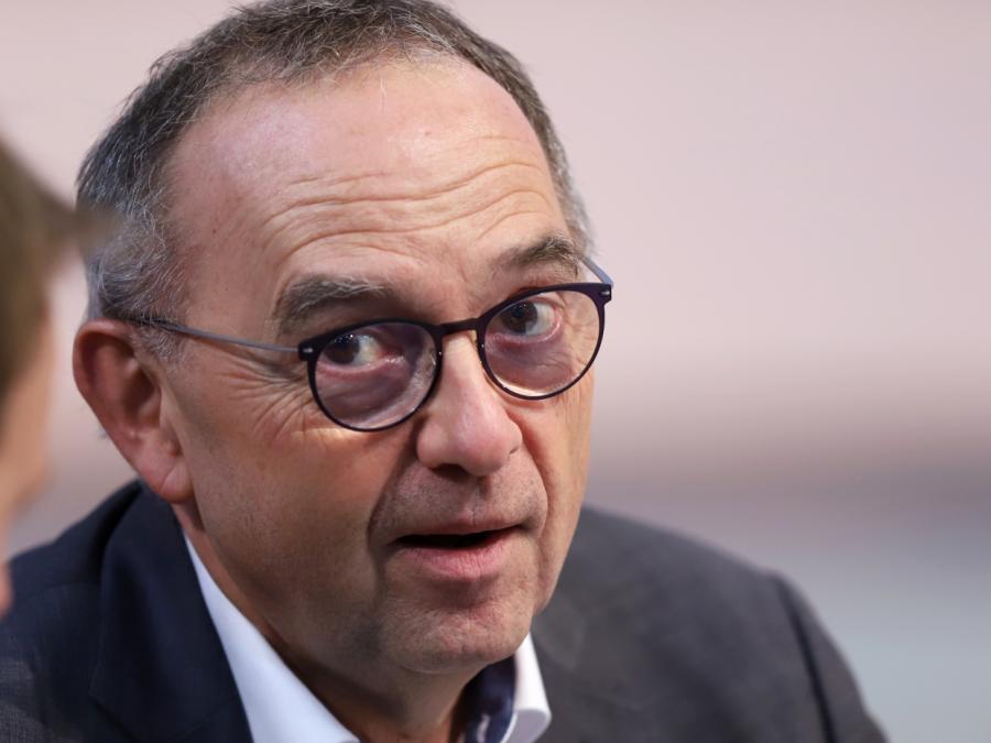 Geldwäsche-Berichte: Walter Borjans fordert hartes Durchgreifen
