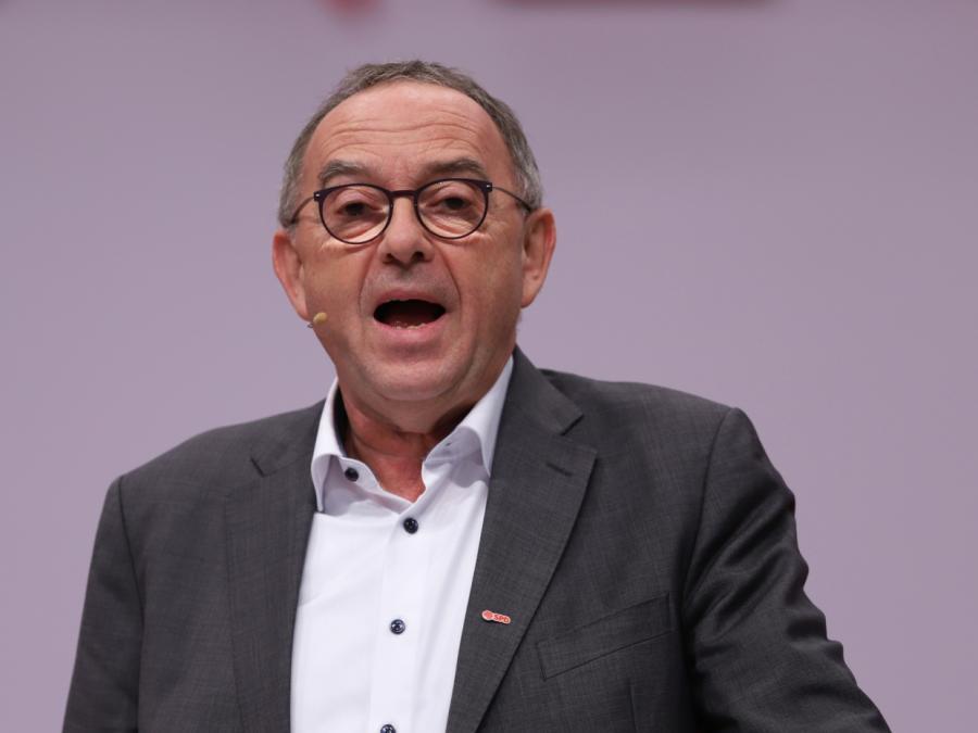 SPD-Chef bereit für Koalition mit Linkspartei