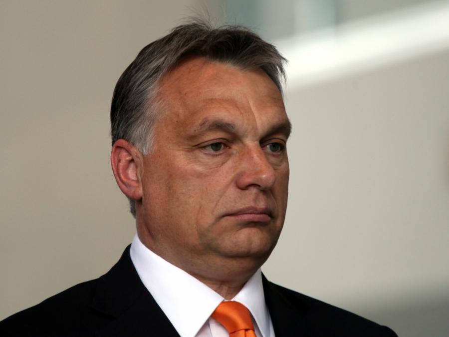 EVP-Chef droht mit Ausschluss von Orbans Partei