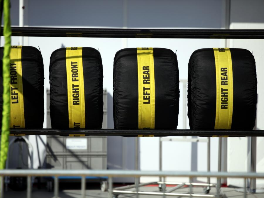 Formel 1: Hamilton holt sich im Regen von Monza die Pole
