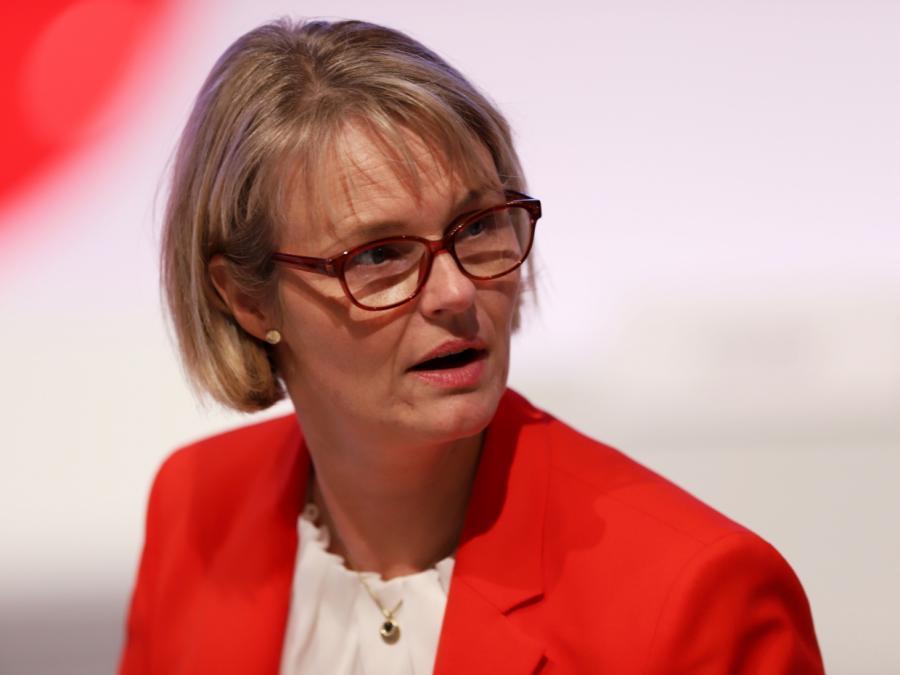 Bildungsministerin plant milliardenschweres Förderprogramm