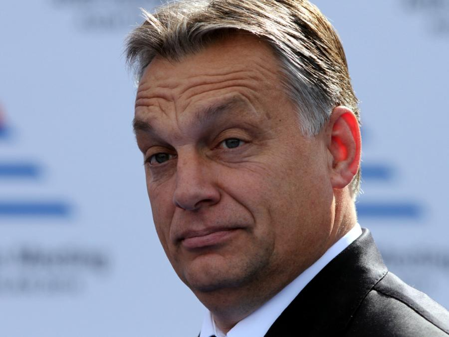Timmermans widerspricht Orbán im Streit um Rechtsstaatsmechanismus