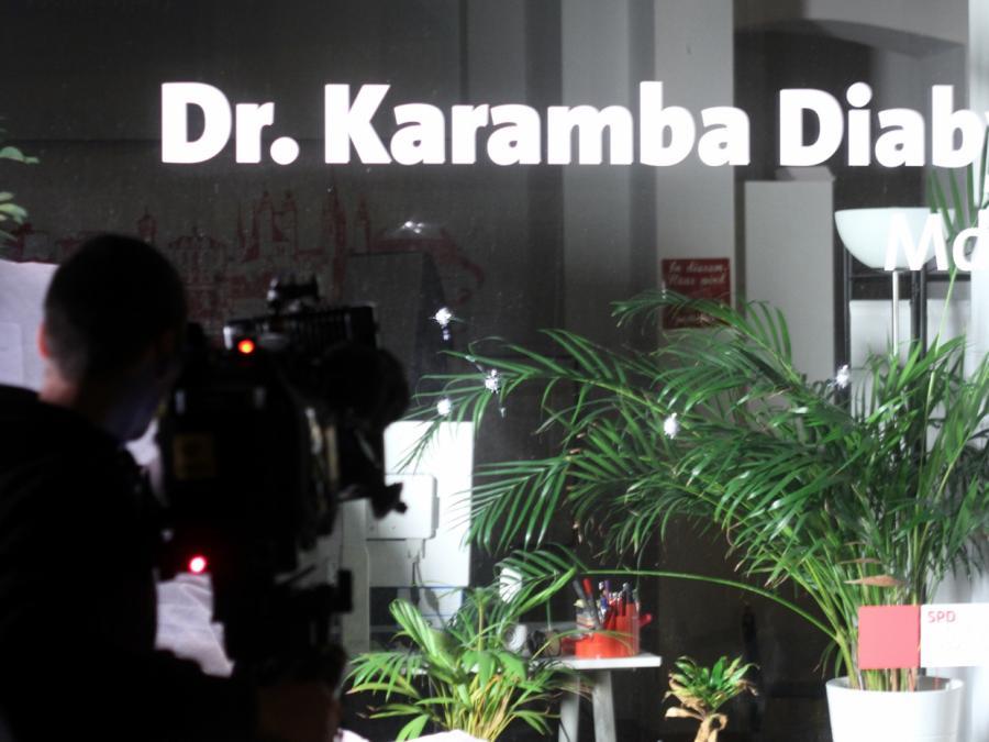 Nach Schüssen auf Diaby-Bürgerbüro: Klingbeil plant Krisengipfel