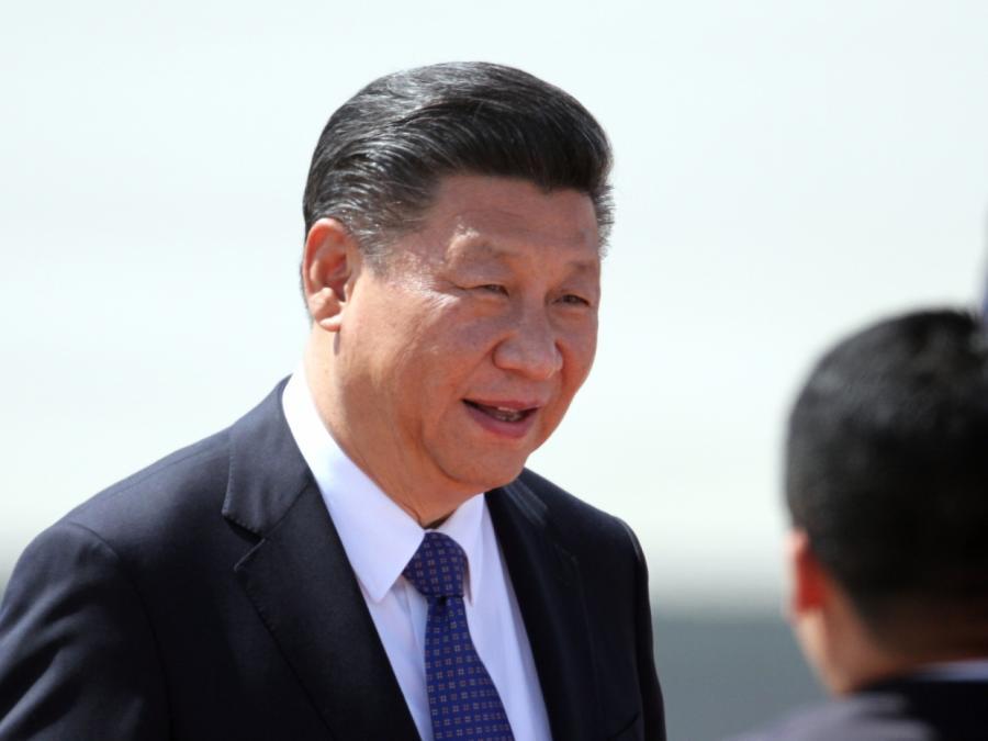 Nach 100-Prozent-Wahl in China: Merkel gratuliert Xi Jinping