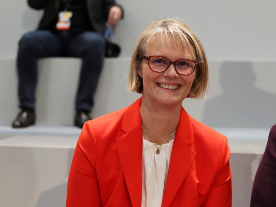 Karliczek mahnt Kultusminister zur Vorsicht