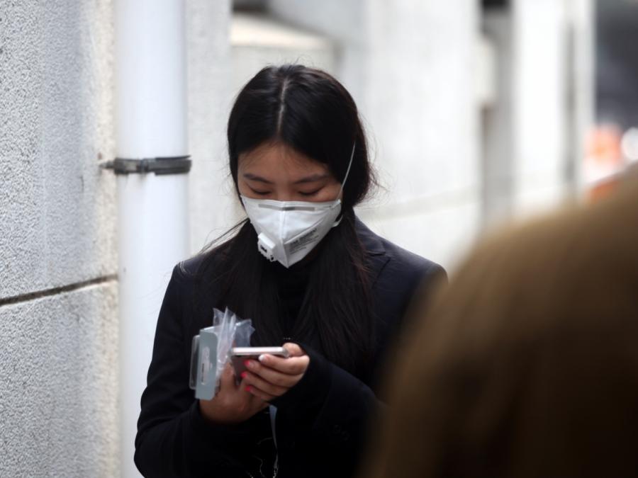 Zahl der Virus-Toten in China steigt auf über 1.000