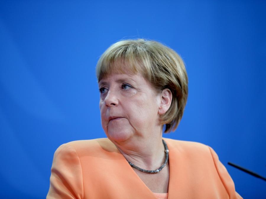 Früherer BAMF-Chef Weise verteidigt Merkel gegen Vorwürfe