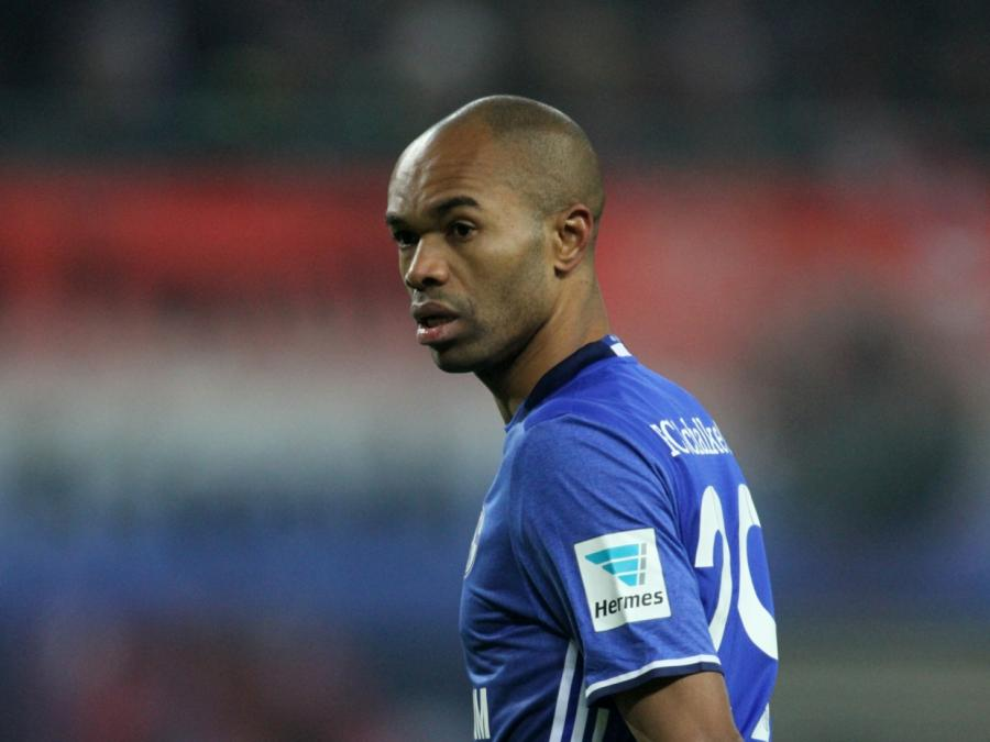 1. Bundesliga: Schalke gewinnt glücklich in Wolfsburg