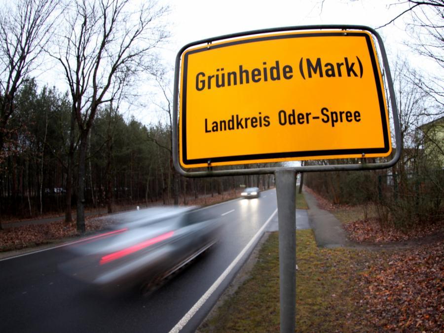 FDP besorgt über geänderte Tesla-Pläne in Brandenburg