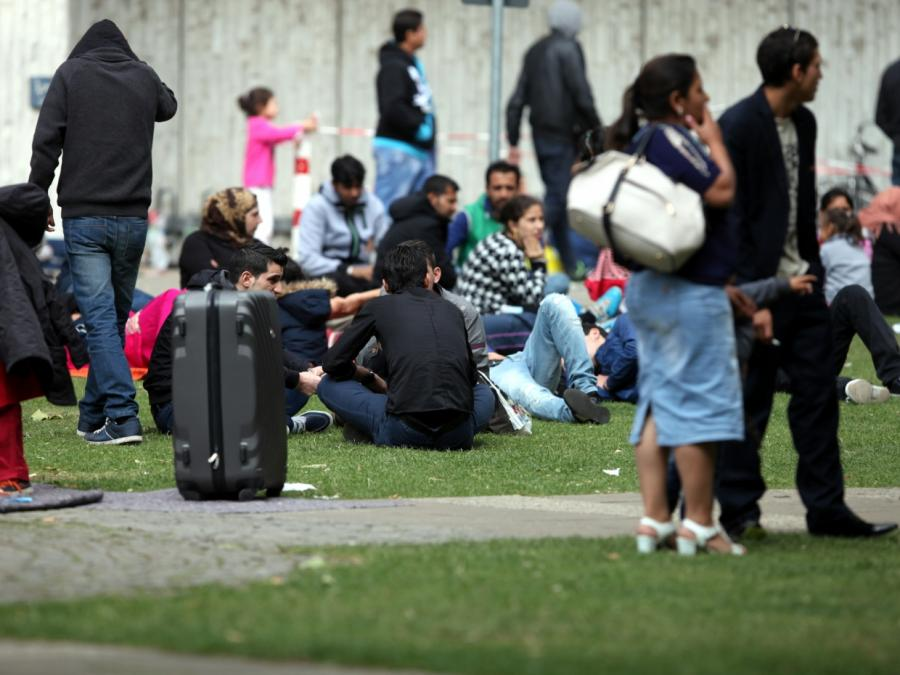 GdP gegen Seehofer-Pläne für Flüchtlingszentren