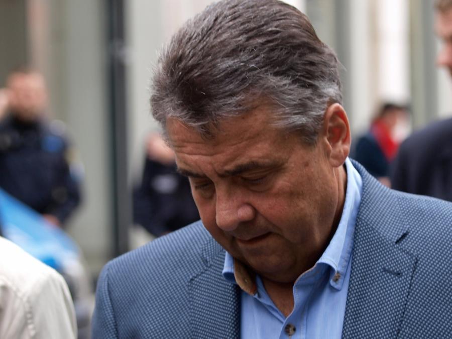 Riexinger kritisiert Gabriels Wechsel zur Deutschen Bank