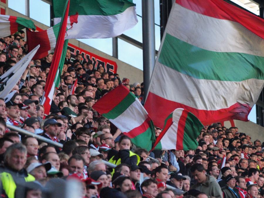 FC Augsburgs Cheftrainer: Leben mit Coronavirus lernen