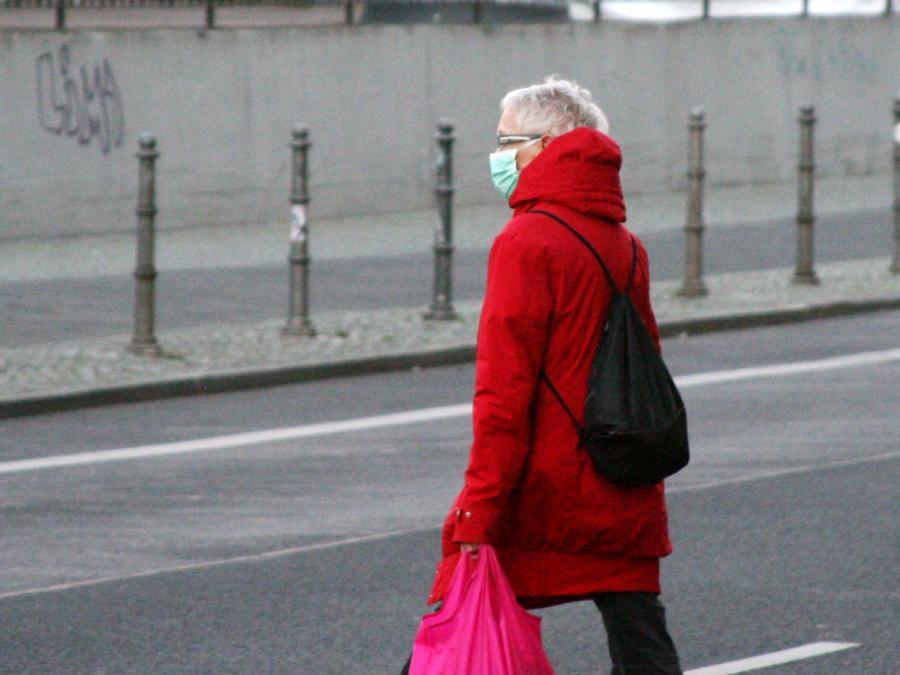 Linke verlangt Maßnahmen gegen Renten-Nullrunde 2021