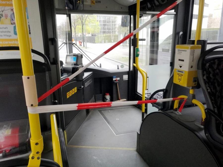 TÜV kritisiert Corona-Schutzmaßnahmen in Bussen