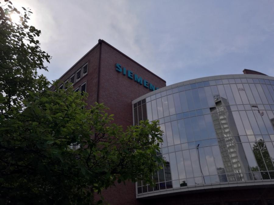 Konzernchef Kaeser liebäugelt mit zwei Siemens-Unternehmen im DAX