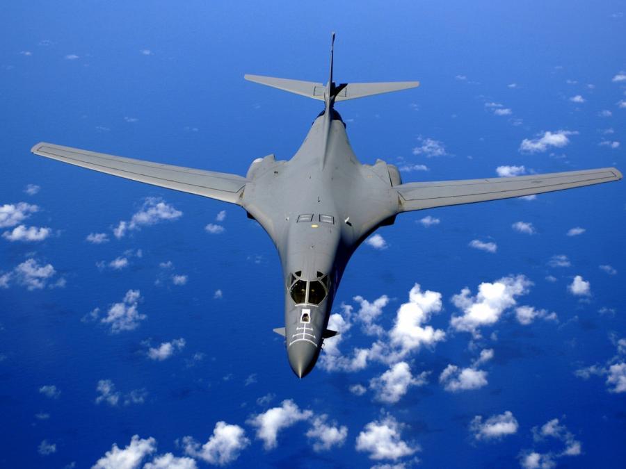 US-Bomber fliegt an nordkoreanischer Küste