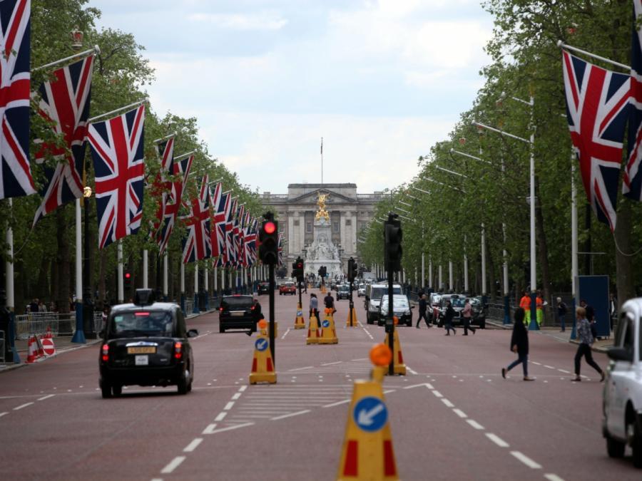 Prinz Charles vertritt Meghan Markles Vater bei Hochzeit
