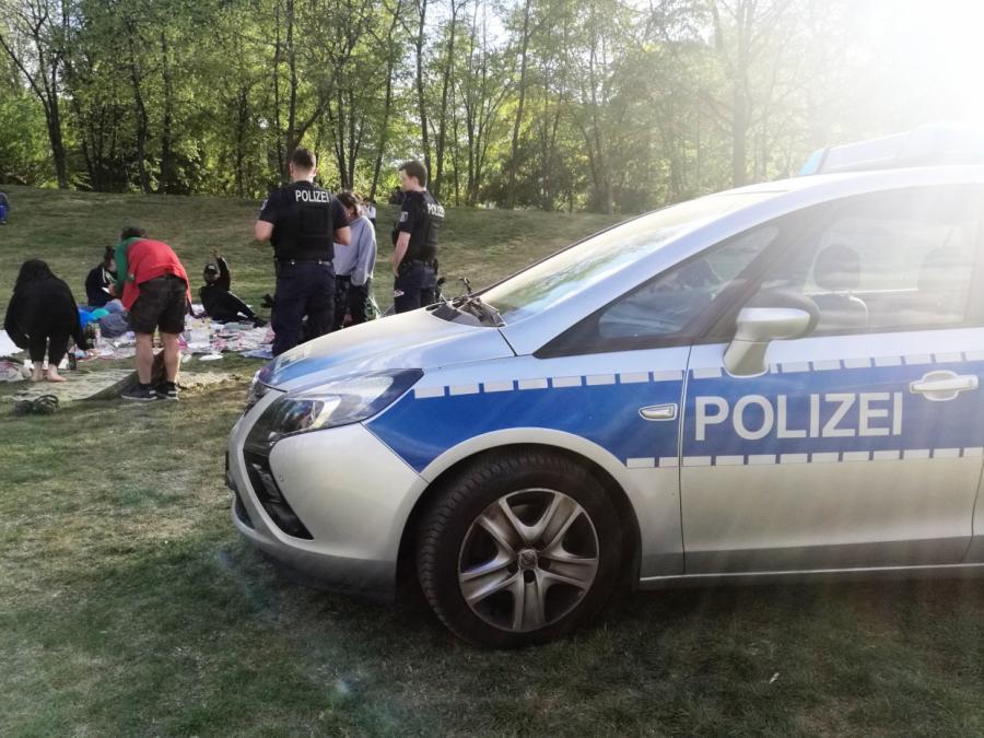 Polizisten sehen Problem bei Kontrolle von Ausgangsbeschränkungen