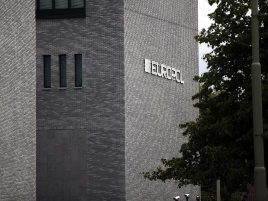 Europol warnt wieder vor gefälschten Corona-Impfstoffen