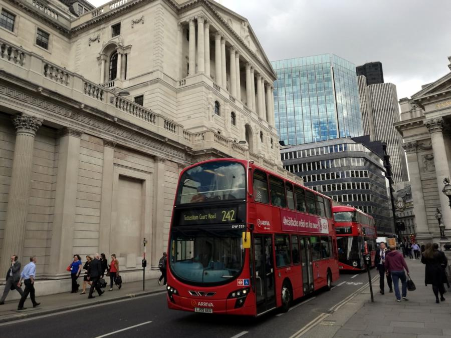 Bericht: EU will Euro-Derivatehandel in London erschweren