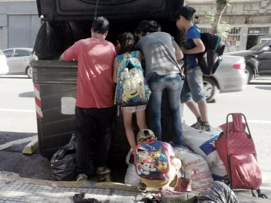 Merkel: Humanitäre Hilfe löst Probleme nicht langfristig