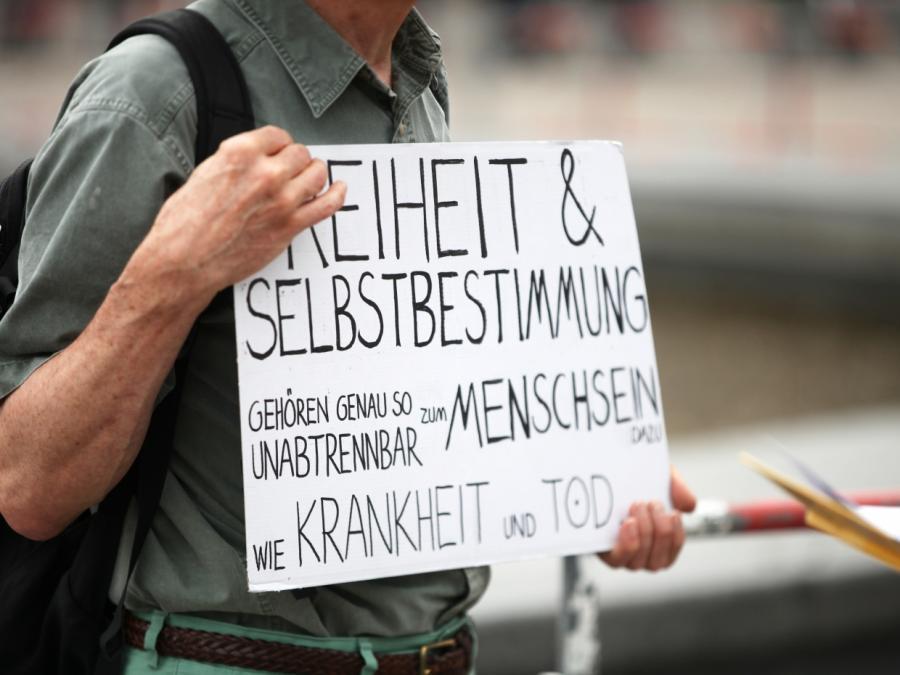 Chef der Deutschen Bischofskonferenz kritisiert Corona-Protestler