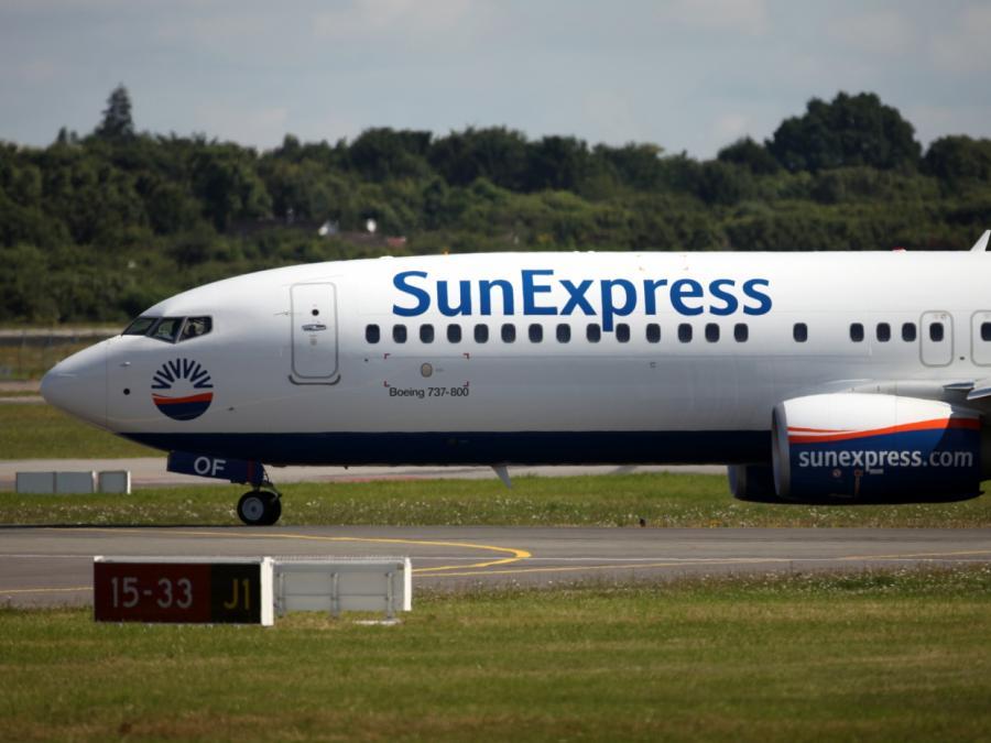 Mitarbeiter klagen gegen Schließung von SunExpress und Germanwings