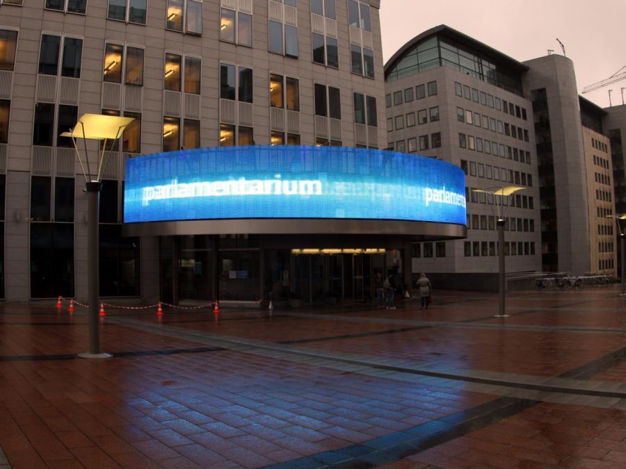 Scholz: Deutschland muss mehr Geld nach Brüssel überweisen