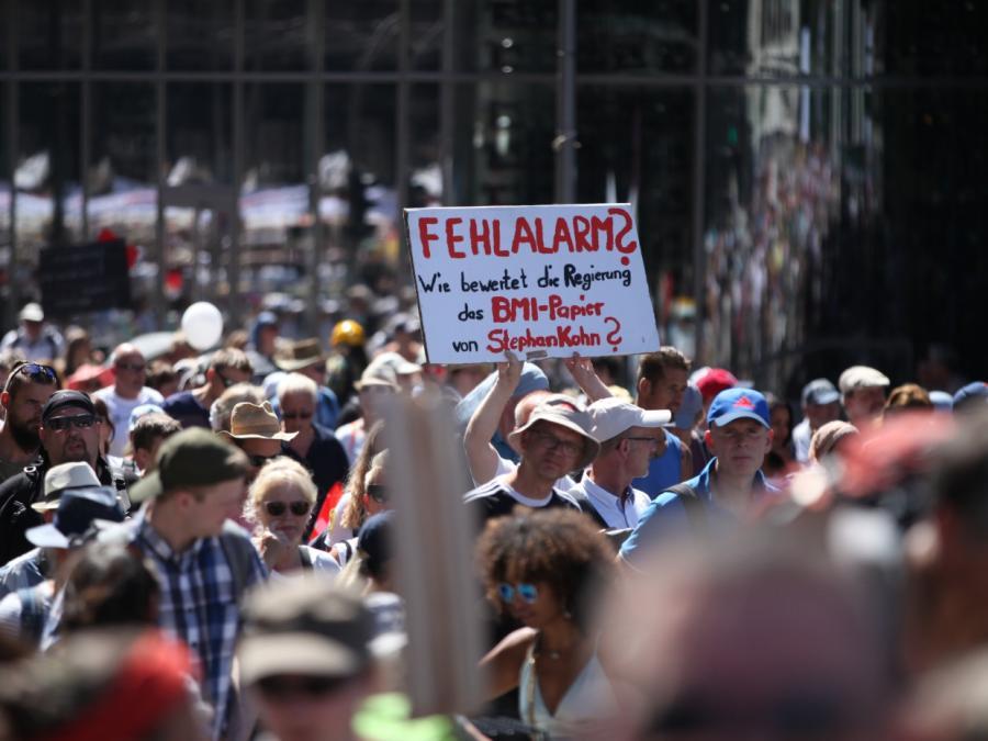 Corona-Proteste: Regierungs-Berater sieht Potenzial von 20 Prozent