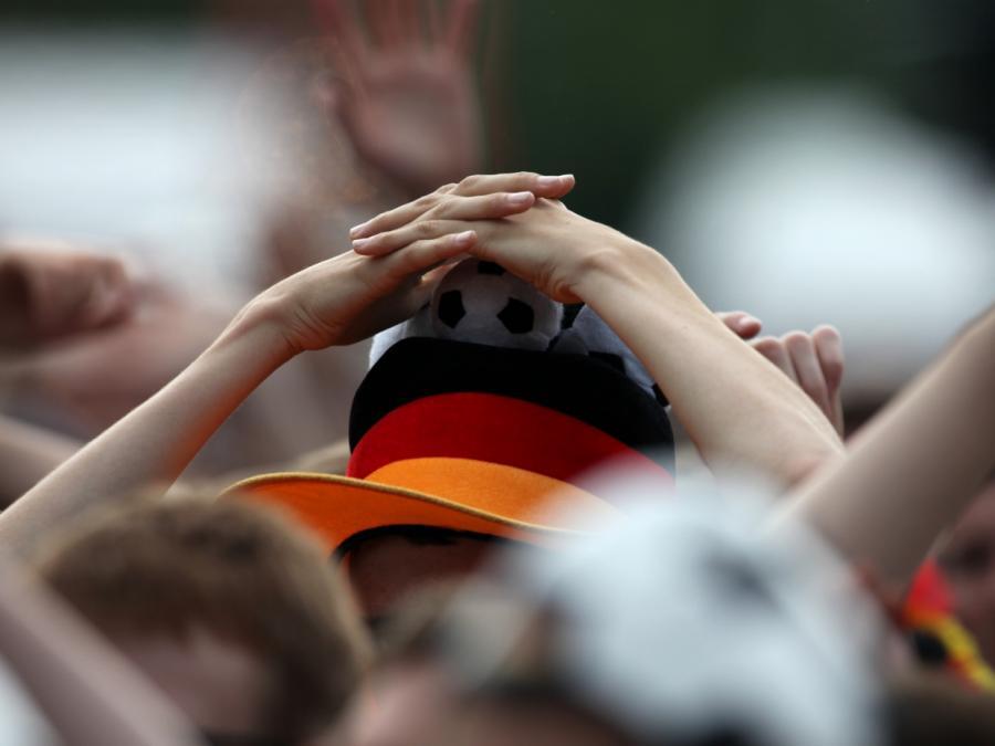 Deutsche Fußball-Frauen nach Sieg gegen Nigeria im Viertelfinale