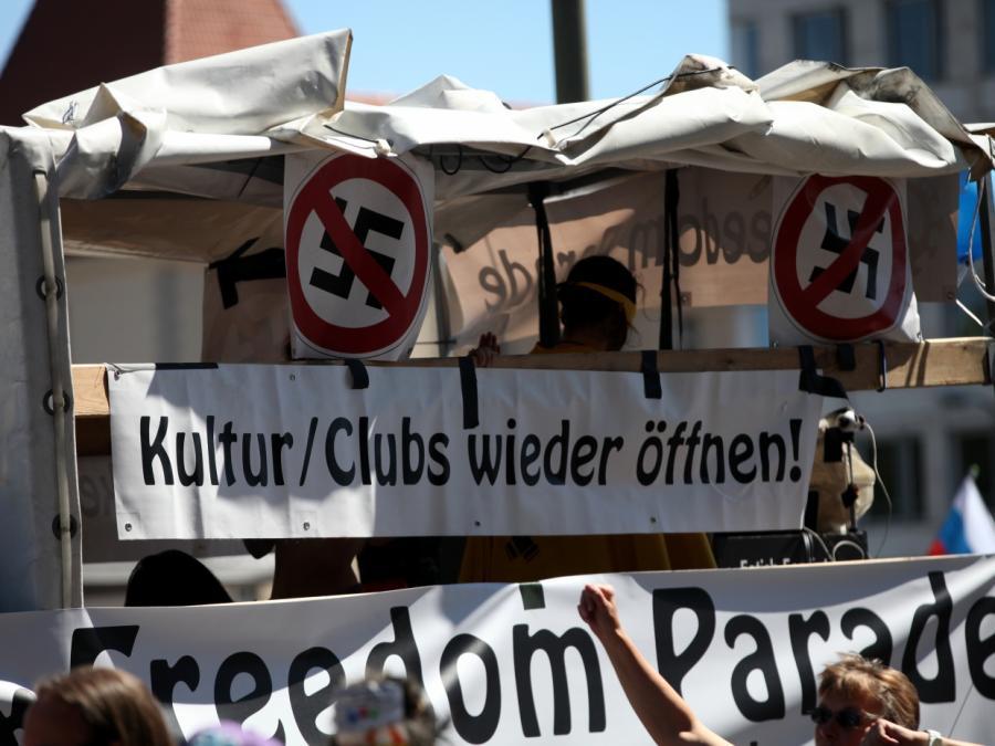 Verfassungsschutz: Corona-Proteste meistens nicht extremistisch