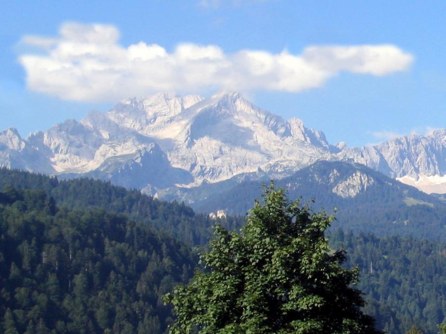 Zugspitze erlebt Rekordansturm von Bergsteigern